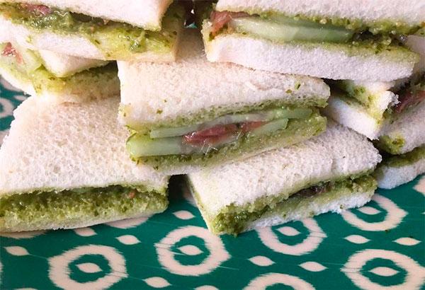 Sandwich de anchoa con pesto