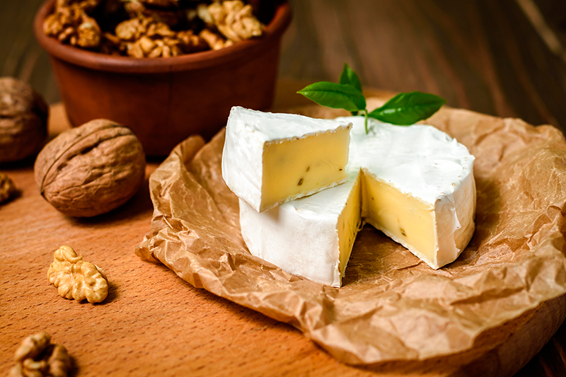 Camembert-or-Brie-cheese