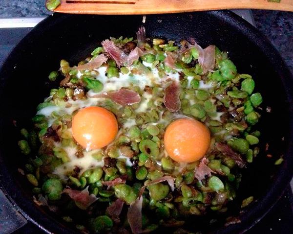 huevos-guisantes-jamon